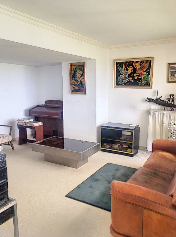 Appartement à vendre 5 125m2 à Villeneuve-Loubet vignette-6