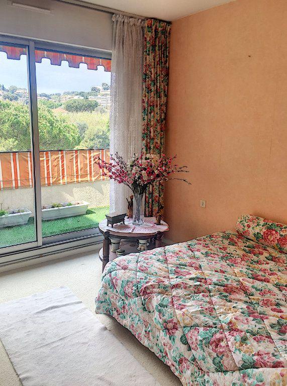 Appartement à vendre 5 125m2 à Villeneuve-Loubet vignette-8
