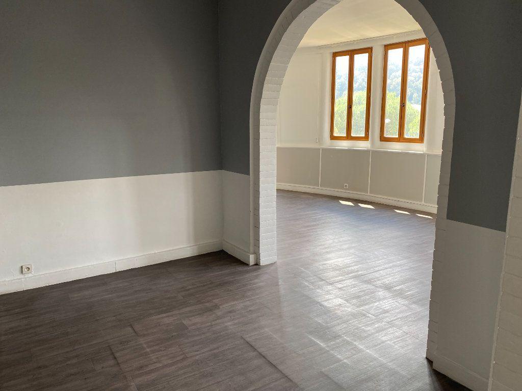Appartement à vendre 4 114m2 à Cagnes-sur-Mer vignette-3