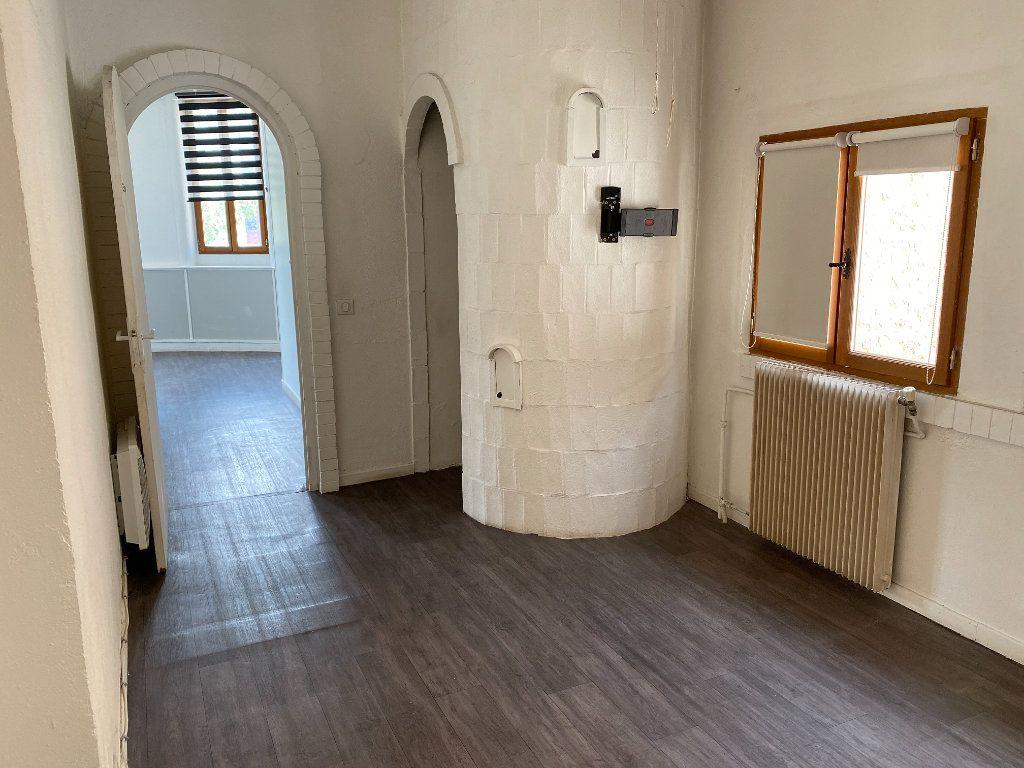 Appartement à vendre 4 114m2 à Cagnes-sur-Mer vignette-4