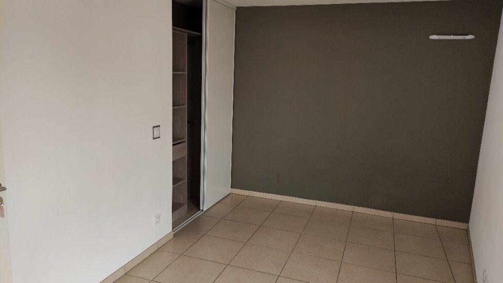 Appartement à louer 2 43m2 à Saint-Laurent-du-Var vignette-6
