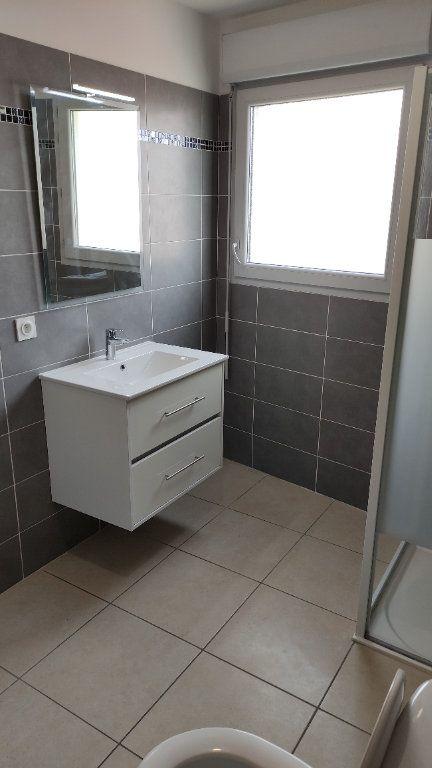 Appartement à louer 2 43m2 à Saint-Laurent-du-Var vignette-8