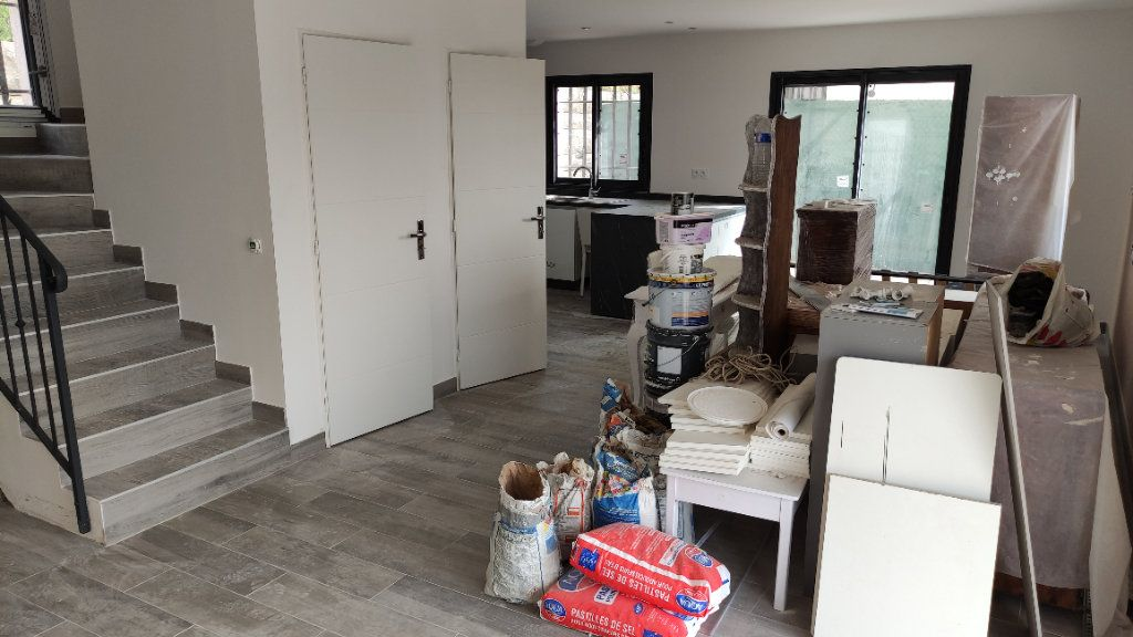 Maison à louer 4 92m2 à Cagnes-sur-Mer vignette-5