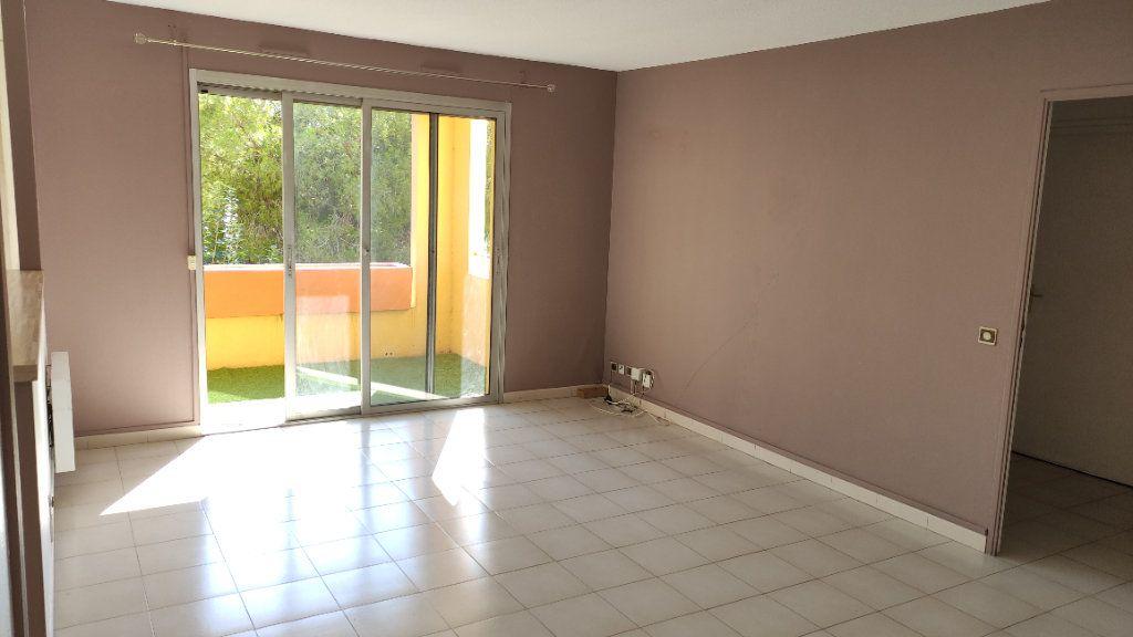 Appartement à louer 3 64m2 à Cagnes-sur-Mer vignette-2