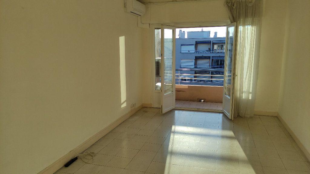 Appartement à louer 3 72m2 à Cagnes-sur-Mer vignette-2