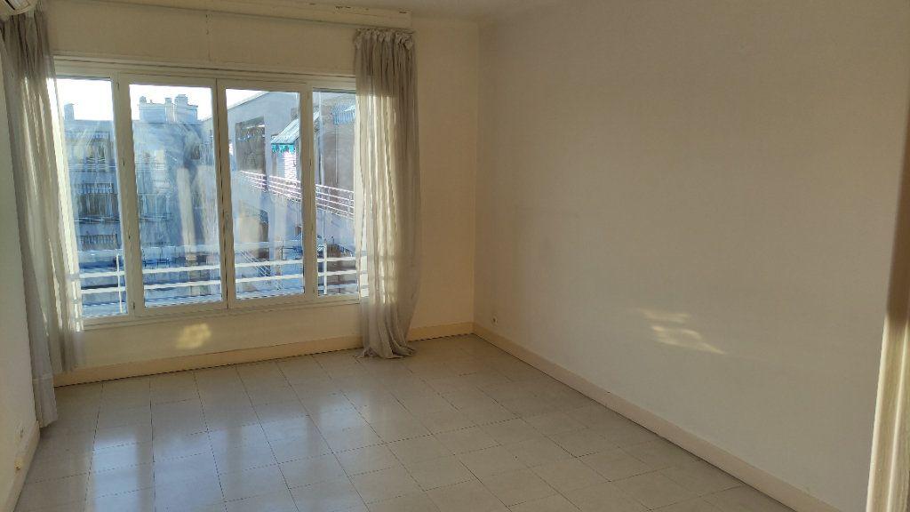 Appartement à louer 3 72m2 à Cagnes-sur-Mer vignette-7