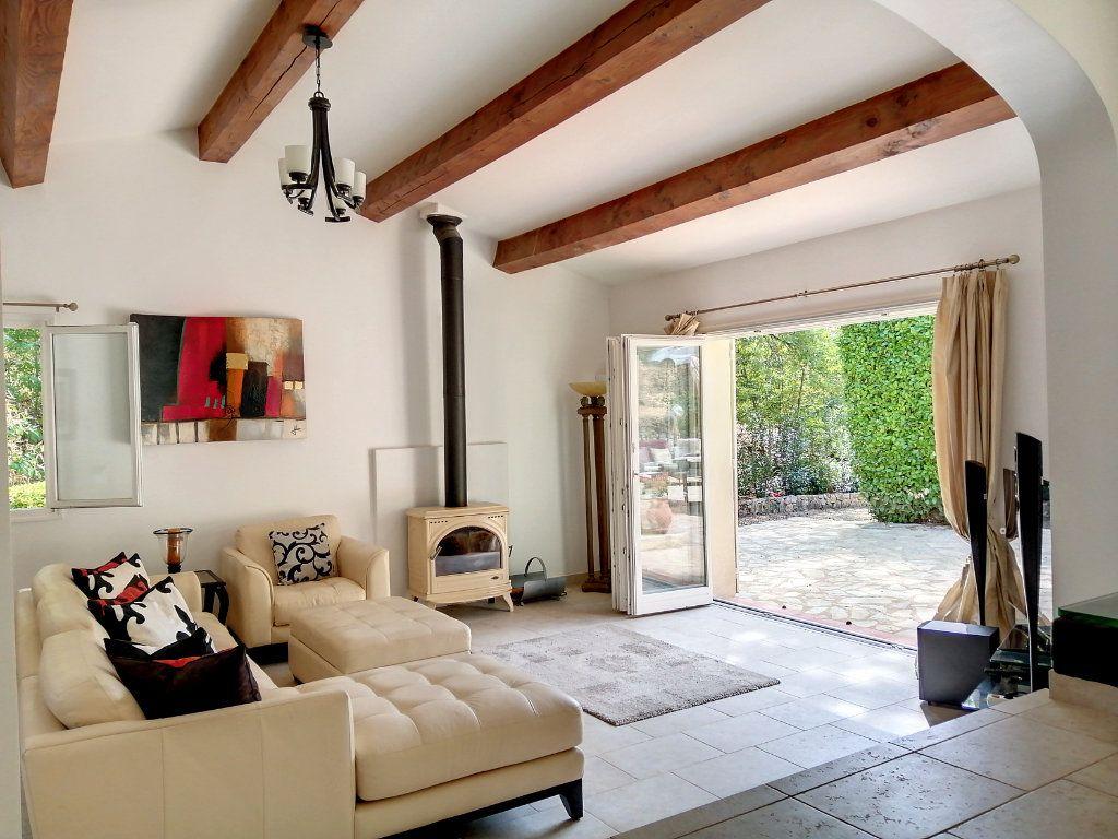Maison à vendre 5 140.17m2 à Roquefort-les-Pins vignette-2