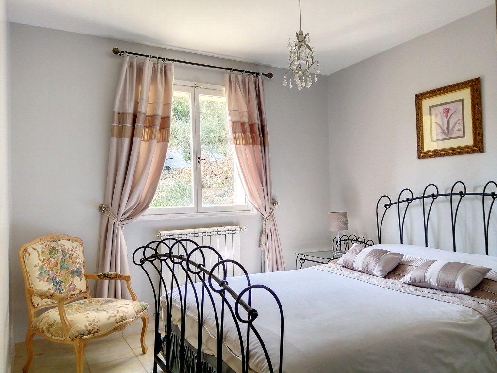 Maison à vendre 5 140.17m2 à Roquefort-les-Pins vignette-6