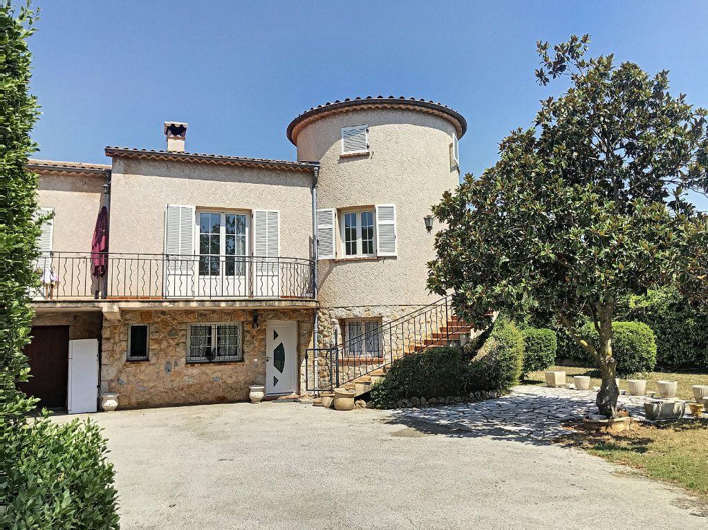 Maison à vendre 8 206.6m2 à Opio vignette-2