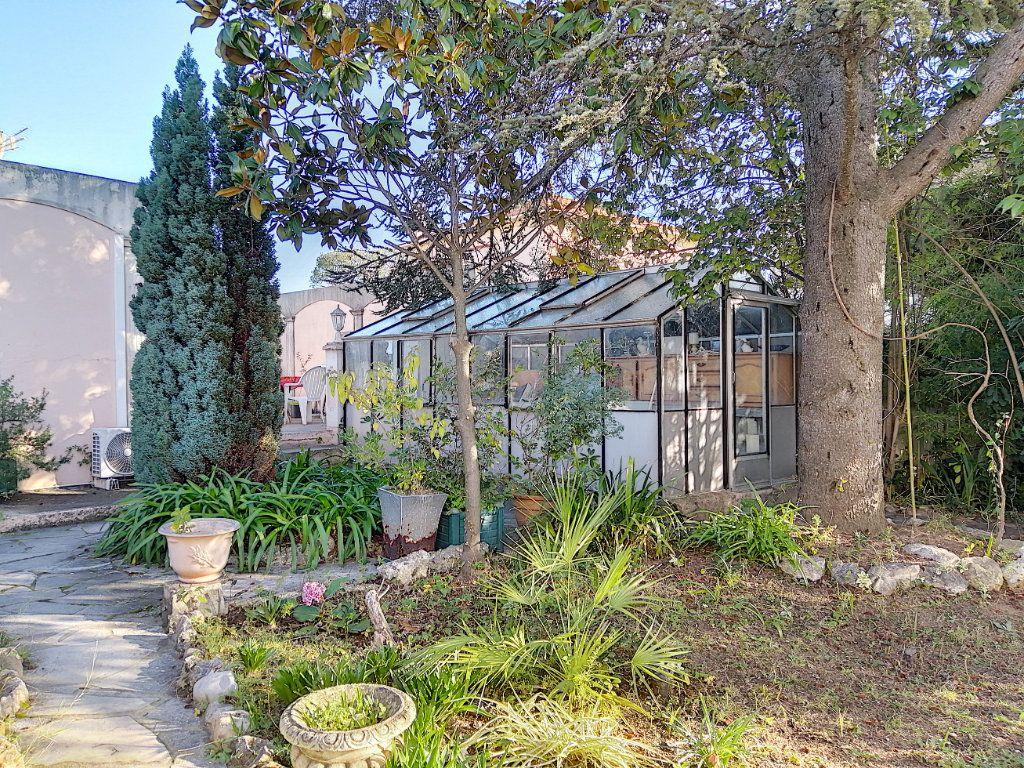 Maison à vendre 7 223.76m2 à Cagnes-sur-Mer vignette-9