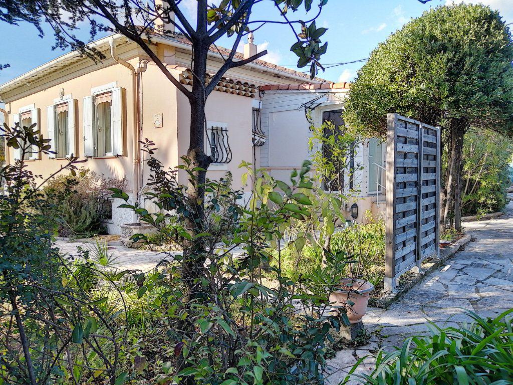 Maison à vendre 7 223.76m2 à Cagnes-sur-Mer vignette-16