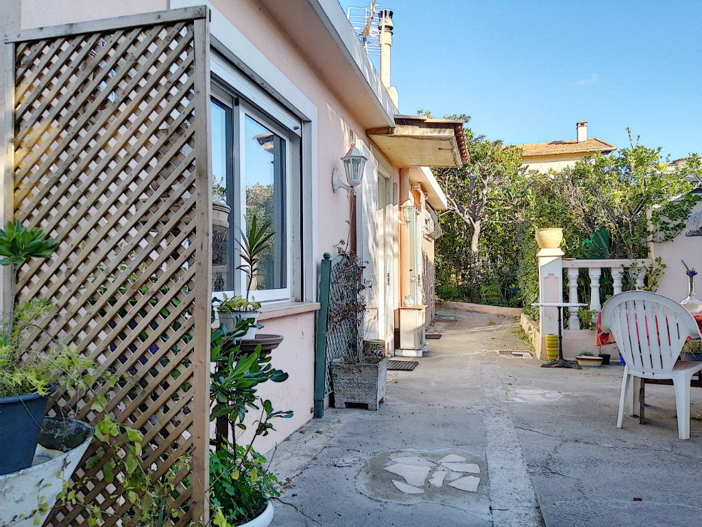 Maison à vendre 7 223.76m2 à Cagnes-sur-Mer vignette-17
