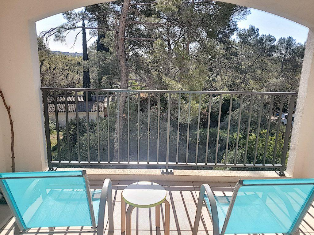Appartement à vendre 3 50.82m2 à Roquefort-les-Pins vignette-2