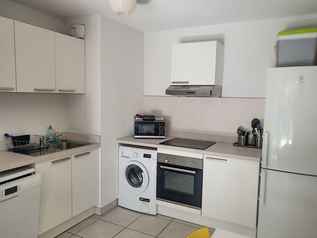 Appartement à vendre 3 50.82m2 à Roquefort-les-Pins vignette-7