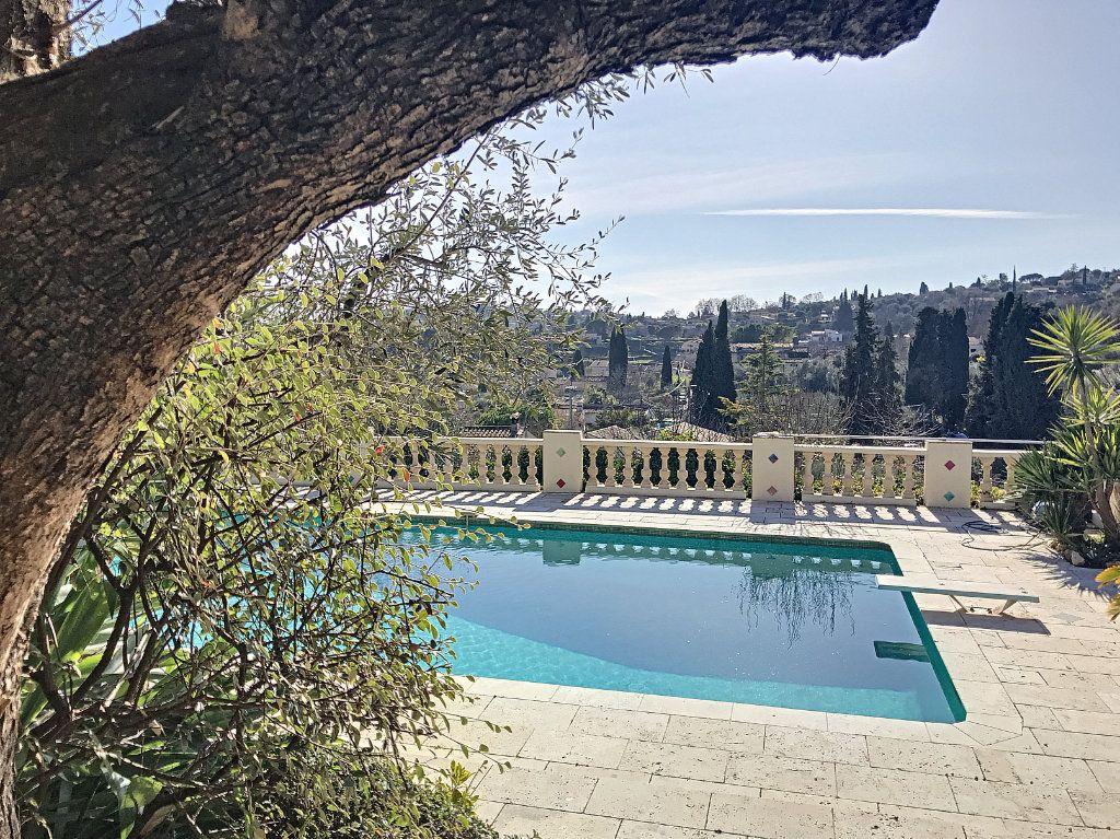 Maison à vendre 8 245m2 à Le Rouret vignette-1