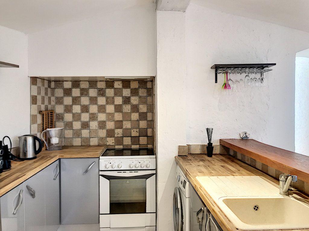 Maison à vendre 8 245m2 à Le Rouret vignette-15