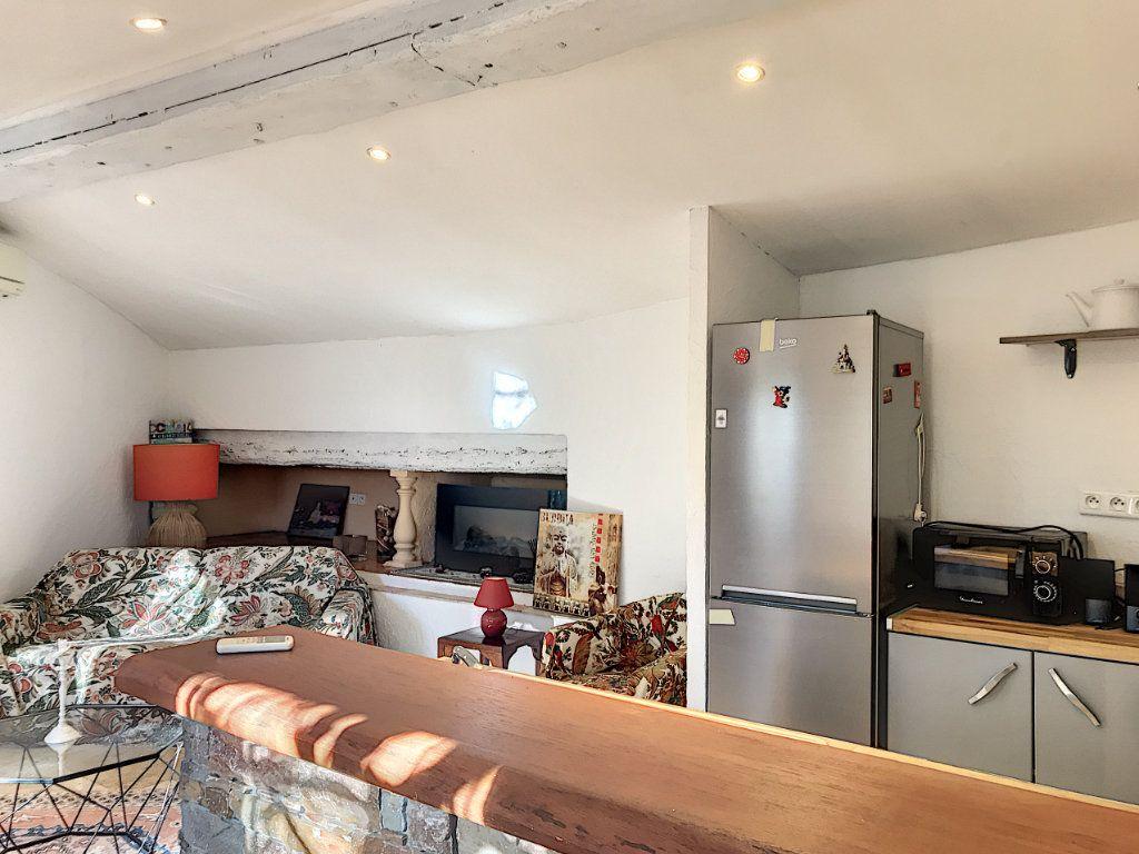 Maison à vendre 8 245m2 à Le Rouret vignette-18