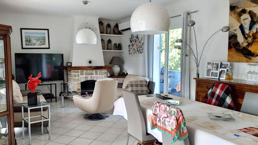 Maison à vendre 6 150m2 à Roquefort-les-Pins vignette-1