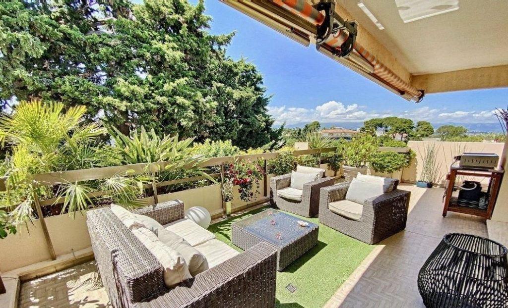 Appartement à vendre 4 103m2 à Antibes vignette-9