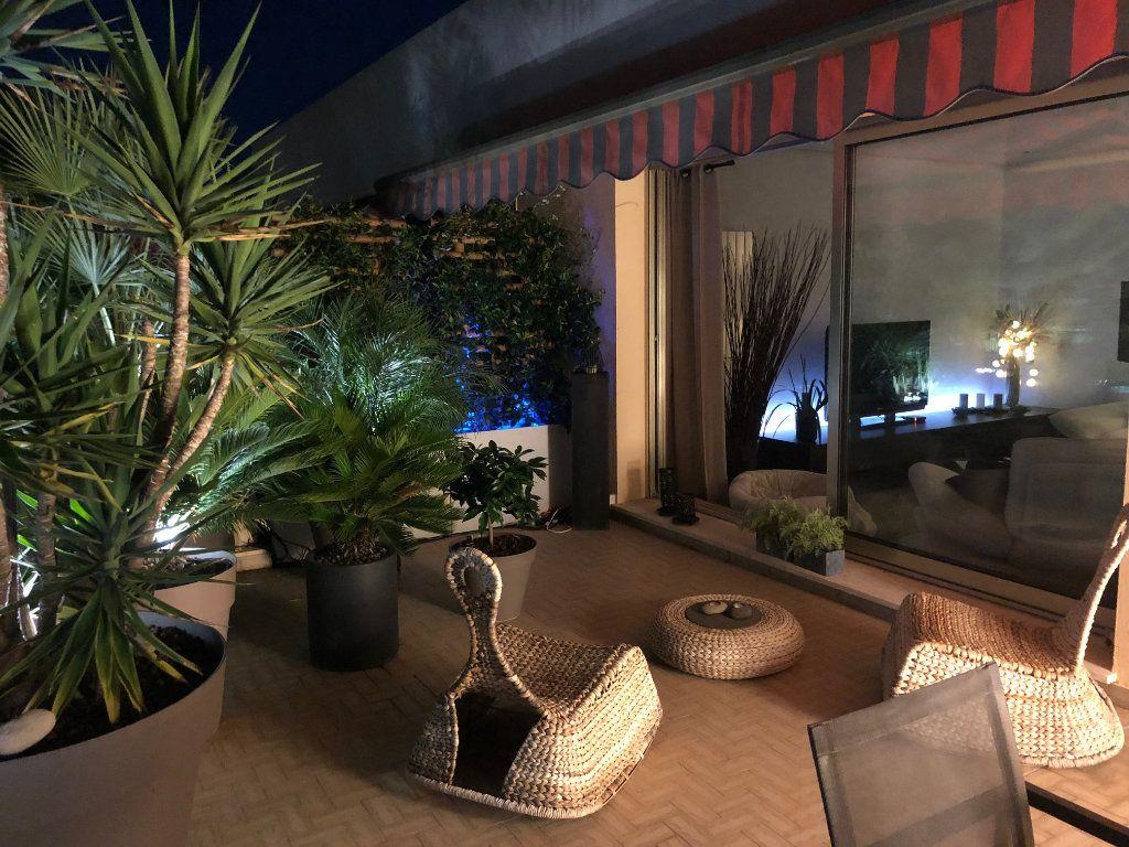 Appartement à vendre 4 103m2 à Antibes vignette-10