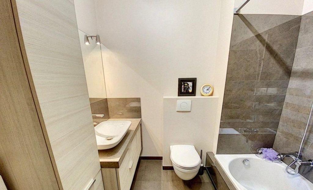 Appartement à vendre 4 103m2 à Antibes vignette-11
