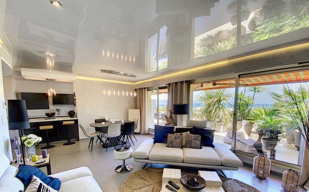 Appartement à vendre 4 103m2 à Antibes vignette-12