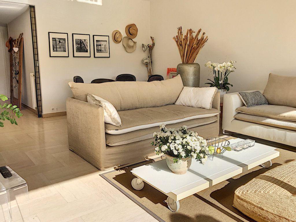 Appartement à vendre 2 60m2 à Cannes vignette-7