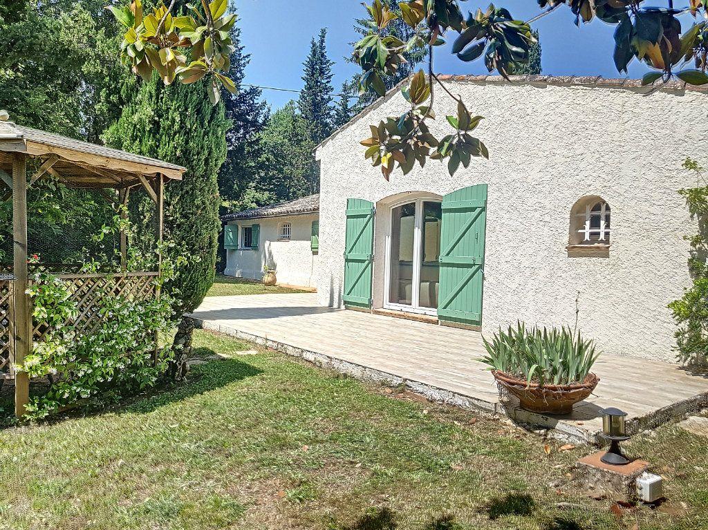 Maison à vendre 4 199.8m2 à Roquefort-les-Pins vignette-1