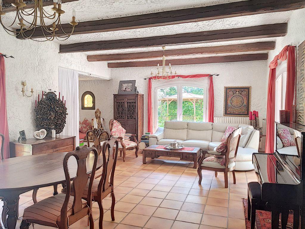 Maison à vendre 4 199.8m2 à Roquefort-les-Pins vignette-3