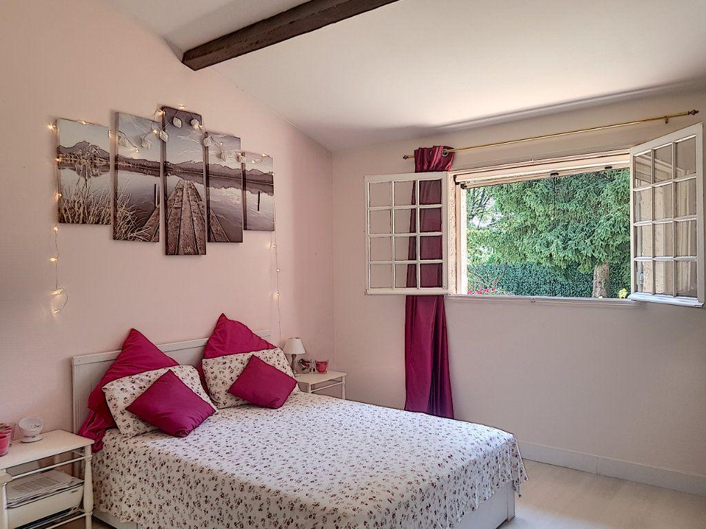 Maison à vendre 4 199.8m2 à Roquefort-les-Pins vignette-4