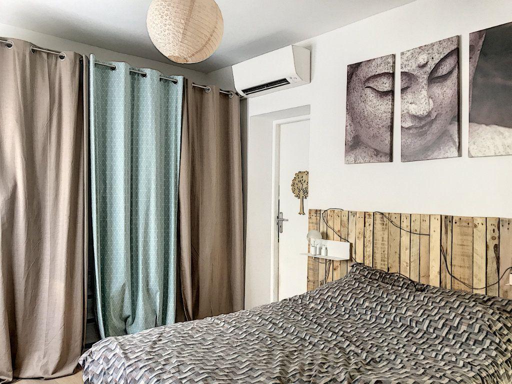 Maison à vendre 3 62m2 à Roquefort-les-Pins vignette-2