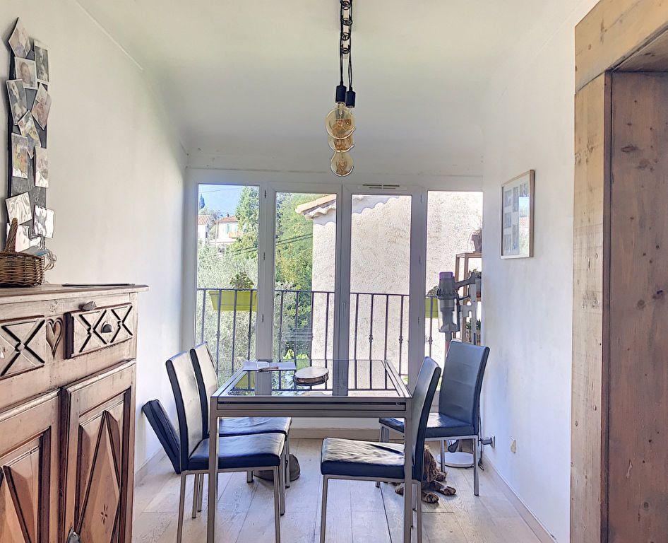 Maison à vendre 3 62m2 à Roquefort-les-Pins vignette-4