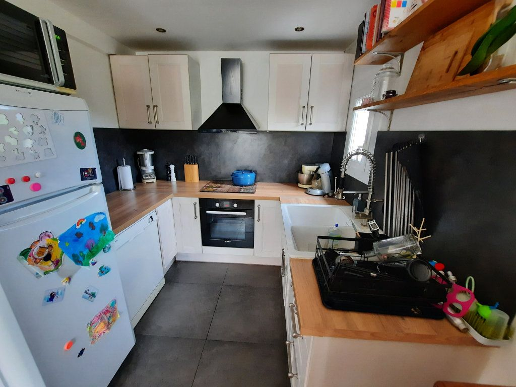 Maison à vendre 3 62m2 à Roquefort-les-Pins vignette-10