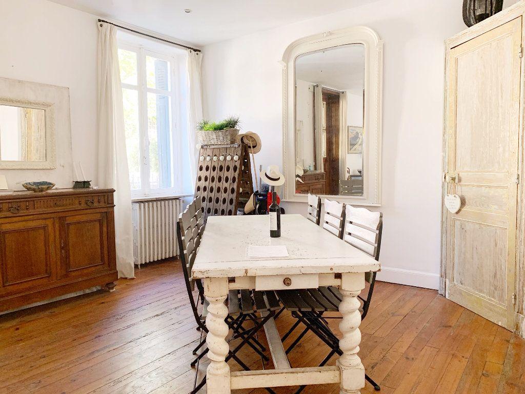 Appartement à vendre 5 130m2 à Biarritz vignette-4