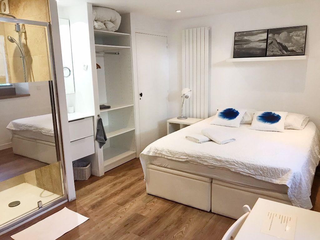 Appartement à vendre 5 130m2 à Biarritz vignette-8