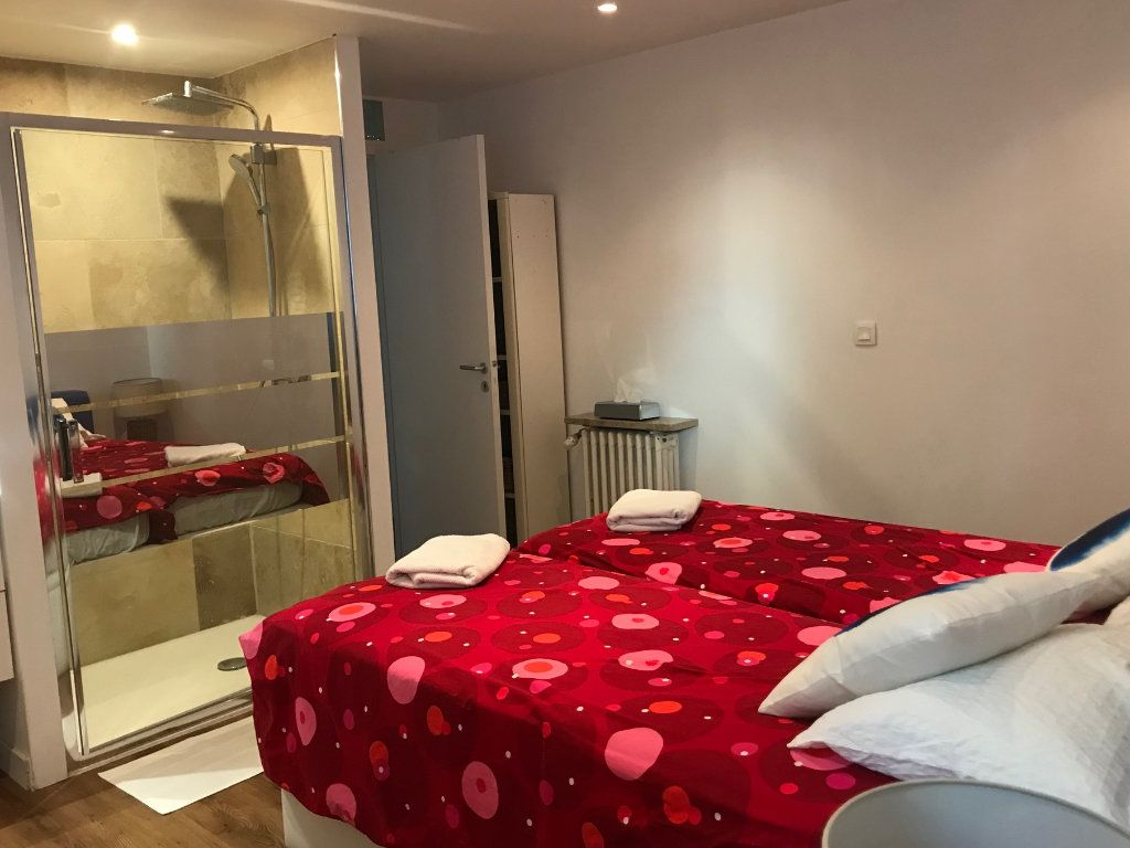 Appartement à vendre 5 130m2 à Biarritz vignette-10