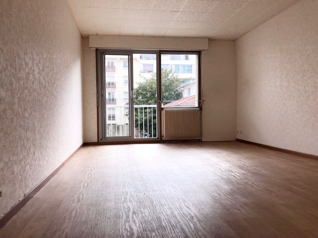 Appartement à vendre 2 63m2 à Bayonne vignette-1