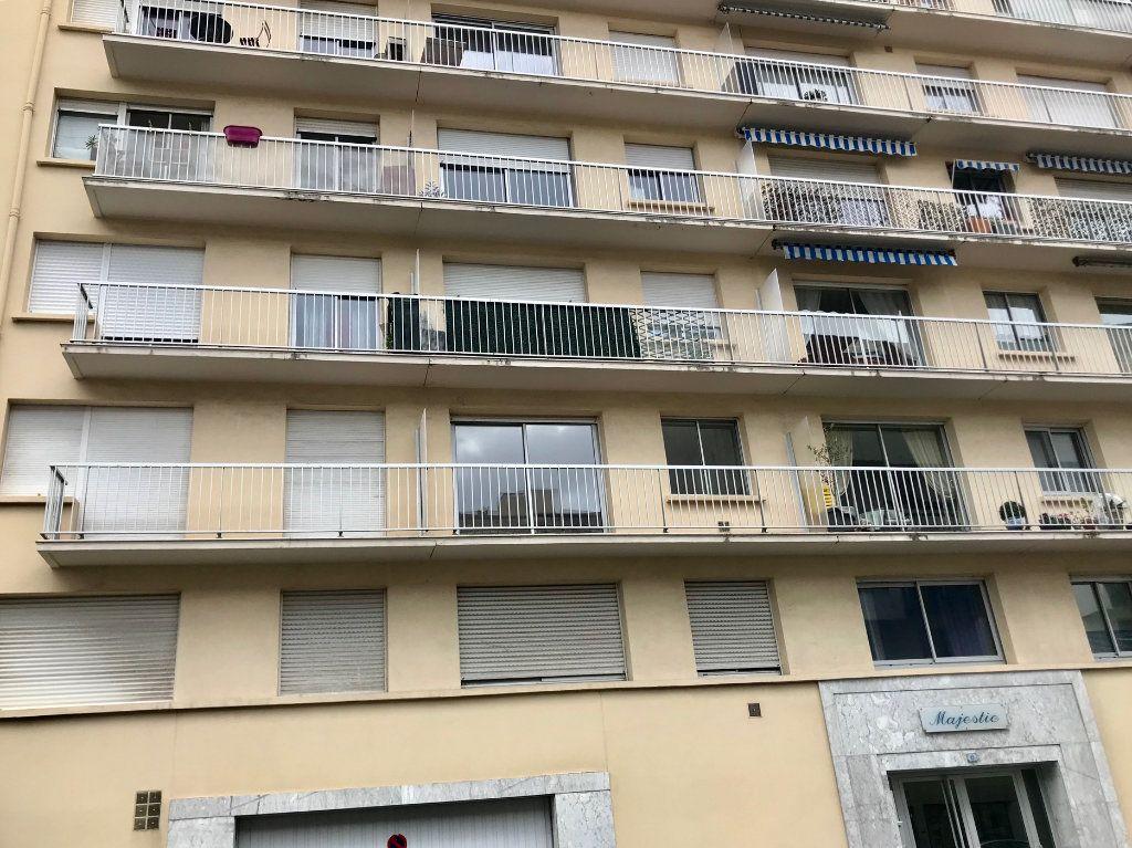 Appartement à vendre 2 63m2 à Bayonne vignette-3