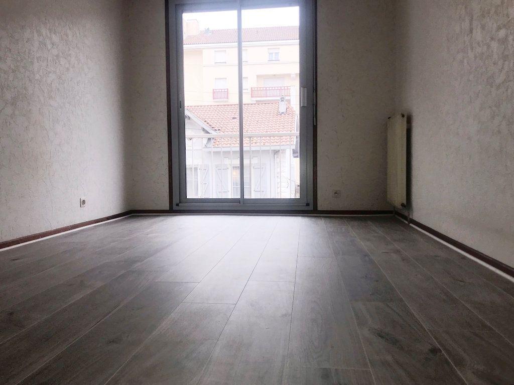 Appartement à vendre 2 63m2 à Bayonne vignette-4
