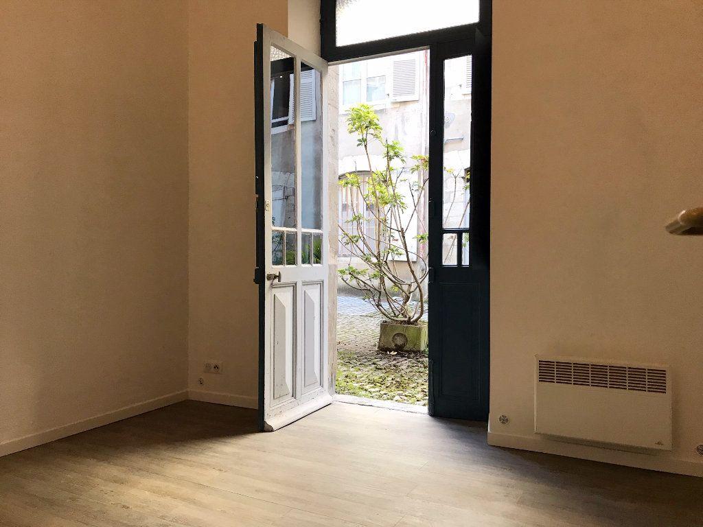 Appartement à vendre 2 33m2 à Bayonne vignette-3