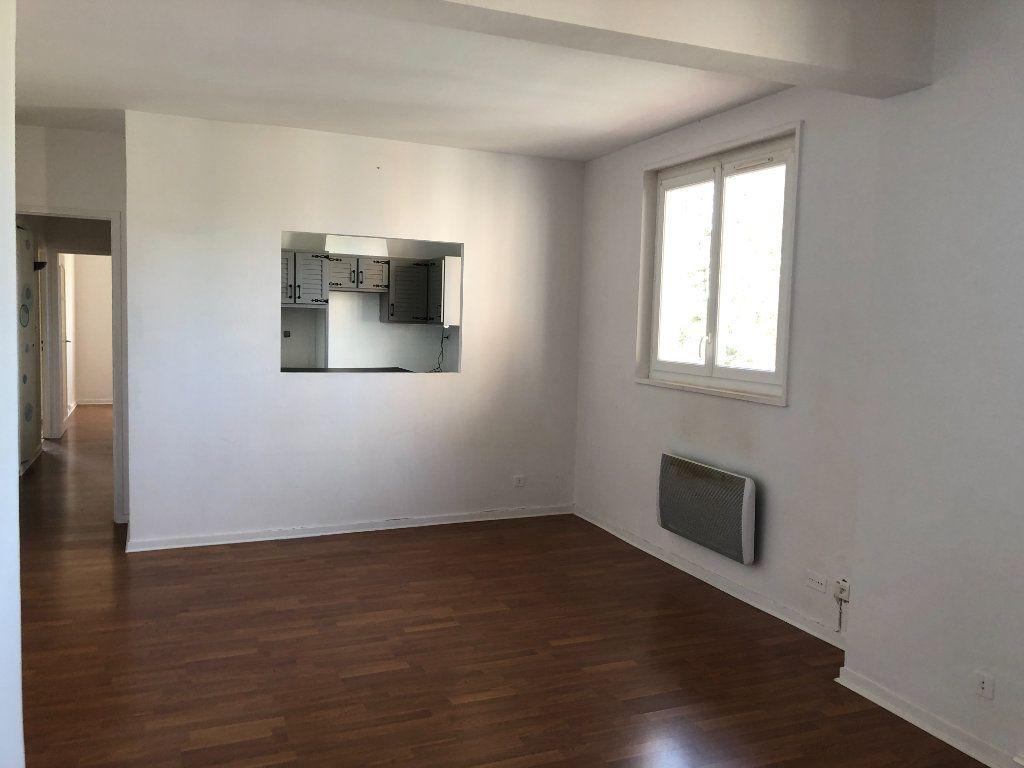 Appartement à louer 3 64m2 à Bayonne vignette-2