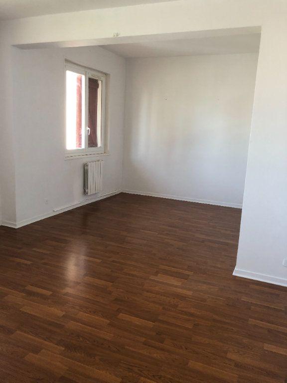 Appartement à louer 3 64m2 à Bayonne vignette-3