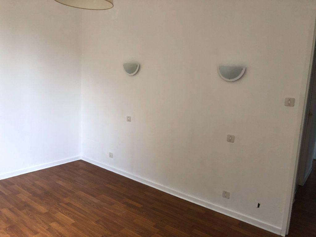 Appartement à louer 3 64m2 à Bayonne vignette-7