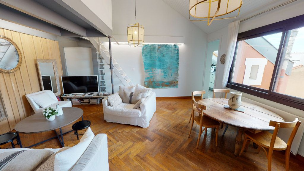 Appartement à vendre 4 78.13m2 à Biarritz vignette-2