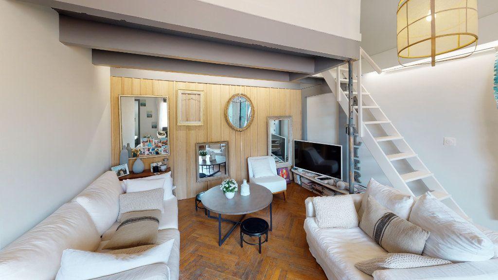 Appartement à vendre 4 78.13m2 à Biarritz vignette-3