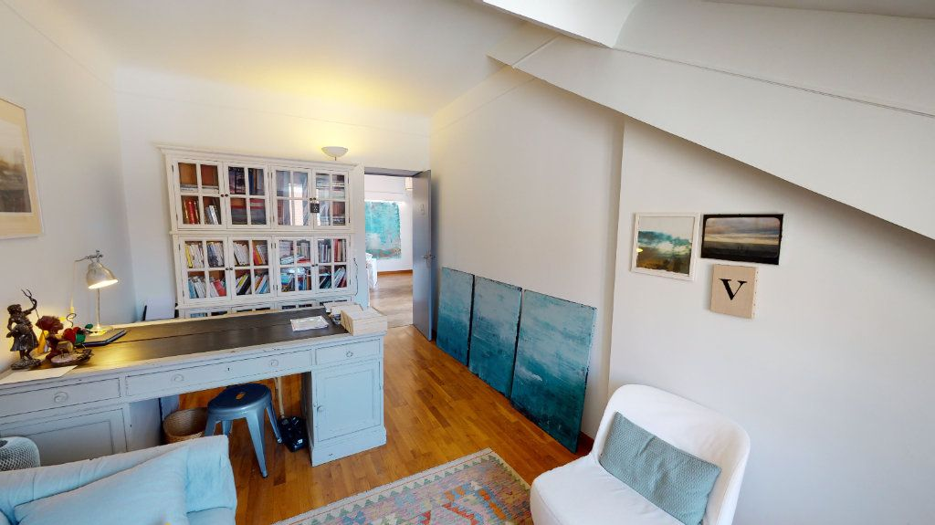 Appartement à vendre 4 78.13m2 à Biarritz vignette-4