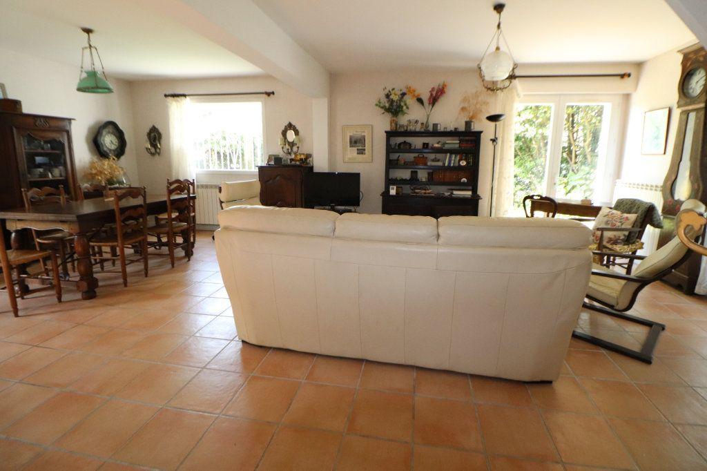 Maison à vendre 8 185m2 à Anglet vignette-2