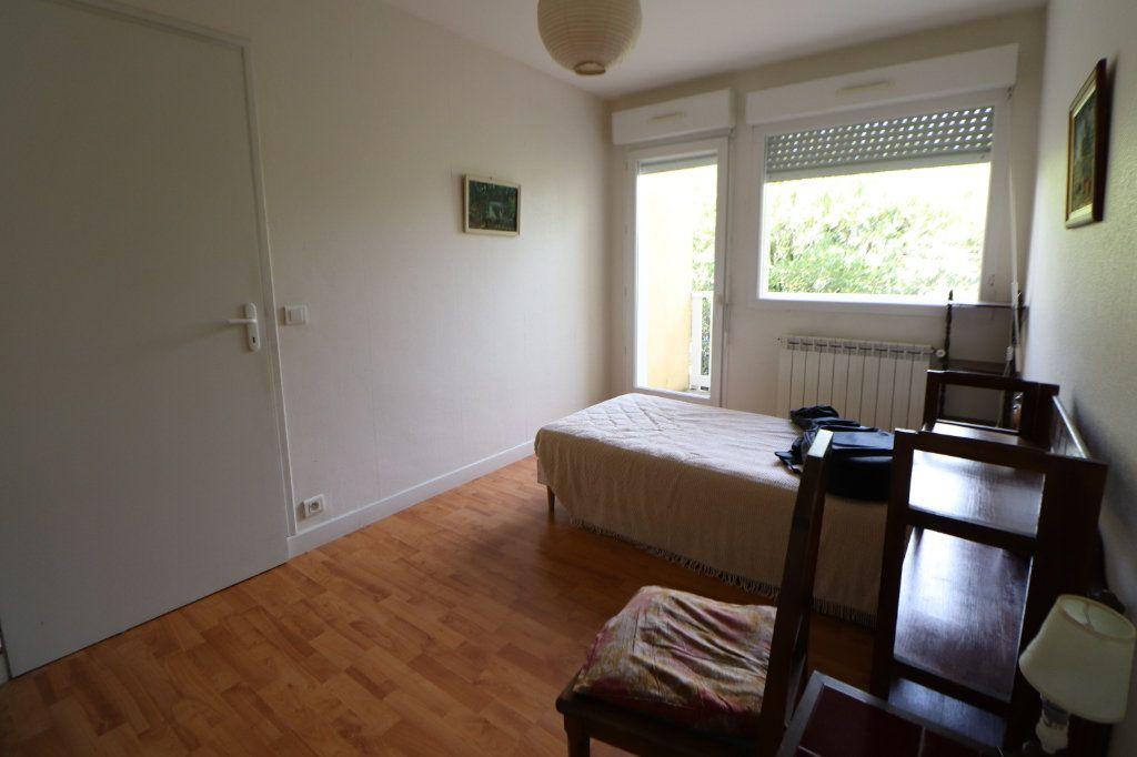 Maison à vendre 8 185m2 à Anglet vignette-6