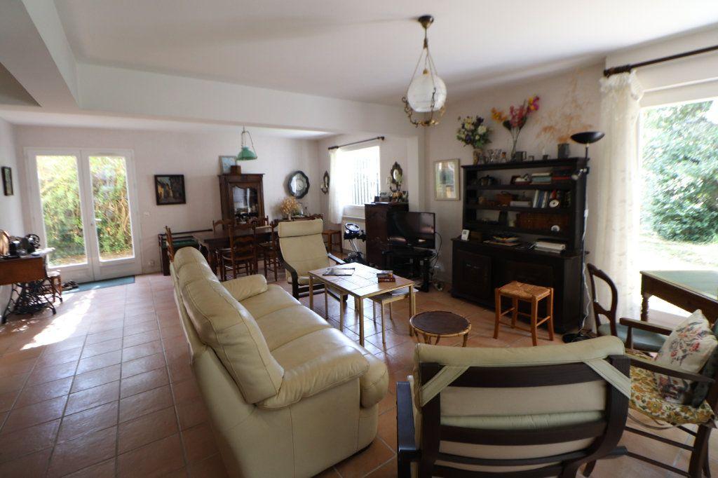 Maison à vendre 8 185m2 à Anglet vignette-10