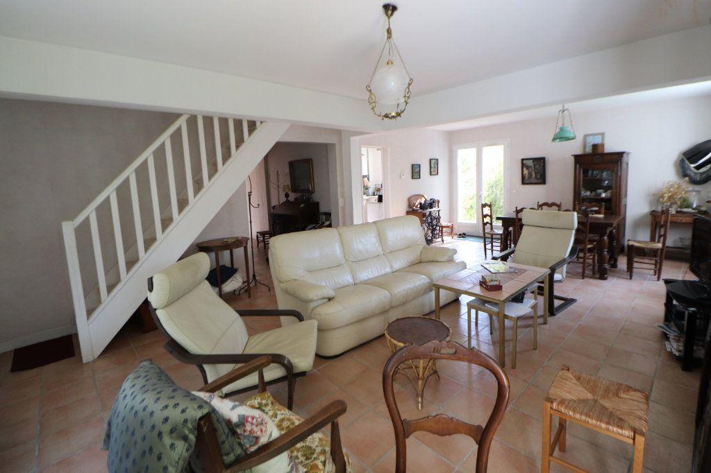 Maison à vendre 8 185m2 à Anglet vignette-11
